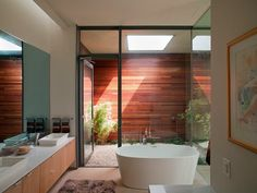 Casa Cascada / Bercy Chen Studio en Austin, Texas http://www.arquitexs.com/2014/06/arquitectura-casa-cascada-Bercy-Chen-Studio.html