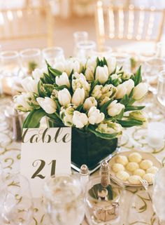 Tulips: http://www.stylemepretty.com/connecticut-weddings/greenwich/2014/12/26/classic-connecticut-wedding/ | Photography: Karen Hill - http://www.karenhill.com/