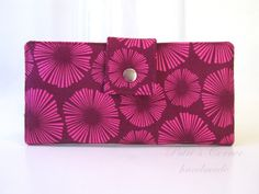 Handmade women wallet - Fiesta - sunburst fuschia and magenta - ID clear pocket - ready to ship - gift for her - Stonehill Collection by PatrisCorner on Etsy