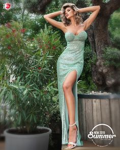 Disponibila pe www. Strapless Dress, Classy, Hot, Girls, Summer, Dresses, Women, Fashion, Strapless Gown