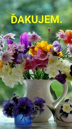 Beautiful Roses, Colorful Flowers, Beautiful Flowers, Flower Vases, Flower Arrangements, Photo Bouquet, Good Morning Wishes, Window Sill, Happy Mothers Day