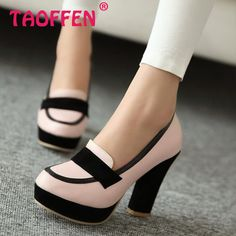 Complete your stylish and sexy look with Ericdress women pumps. Choose from Pumps Heels, Peep Toe Pumps, Wedge Pumps and other well pumps. Pumps Shoes are in great demand now. Dream Shoes, Crazy Shoes, Me Too Shoes, Pretty Shoes, Beautiful Shoes, Shoe Boots, Shoes Heels, Pump Shoes, Shoes Sneakers