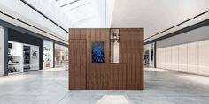 Pop Up Box: A Customizable Retail Space in Germany
