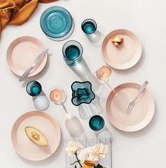 Iittala Teema Plat Bord Ø 26 cm – Tableware Design 2020 Scandi Living, Nordic Living, Jewel Tone Colors, Jewel Tones, Colours, Skandinavian Fashion, Basic Geometry, Porcelain Dinnerware, Color Crafts