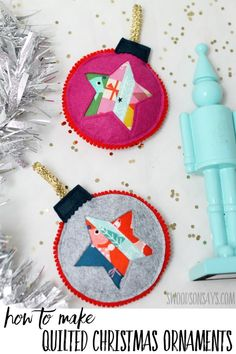 How to make handmade quilted Christmas ornaments See how easy it is to make your own quilted Christmas ornaments! Use up your tiny scraps and add this sweet decoration to your tree this year! Fabric Christmas Ornaments, Quilted Ornaments, Christmas Tree Crafts, Handmade Christmas Decorations, Holiday Crafts, Handmade Ornaments, Ornaments Ideas, Christmas Ideas, Christmas Star