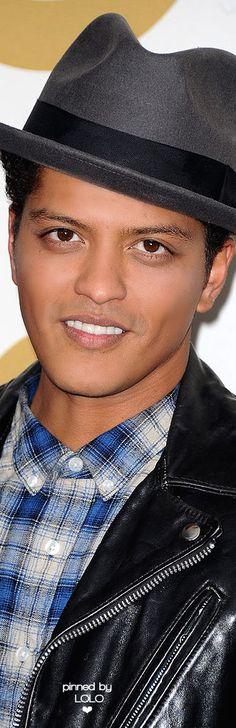 Bruno Mars   LOLO❤︎