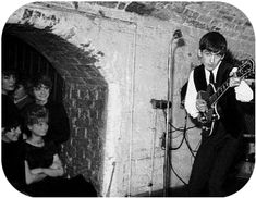 At The Cavern in Liverpool.I never did see The Beatles BUT The Cavern stank of hamburgers and stale sweat ! Much romanticised ! Teddy Boys, Olympia Stadium, Richard Starkey, The Ed Sullivan Show, Liverpool History, Les Beatles, Liverpool England, Cycling Art, Cycling Quotes