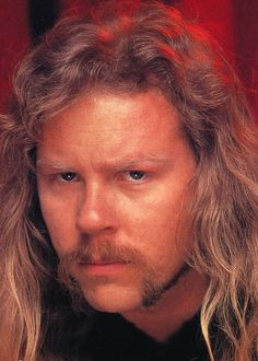 *Me, Myself and Lenne* *Metallica' fan since *Colorada since I born* *Don't expect to see here photos of Metallica already known. I will post pictures look fleeing common,. Hair And Beard Styles, Long Hair Styles, Long Hair Beard, My Heart Hurts, James Hetfield, Forever Young, Mustache, Metallica, Hard Rock