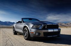2012 ford mustang gt --- I wish i could have it in the living room just looking at it
