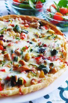 Tarta z kurczakiem i warzywami na cieście francuskim http://abcsmaku.blogspot.com/2014/01/tarta-z-kurczakiem-i-warzywami-na.html