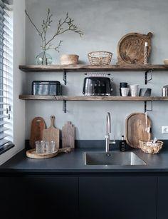 Designerküchen - home kitchen - Shelves Kitchen Inspirations, Interior Design Kitchen, Concrete Kitchen, House Interior, Kitchen Interior, Rustic Kitchen Decor, Kitchen Remodel, Home Decor, Rustic Kitchen
