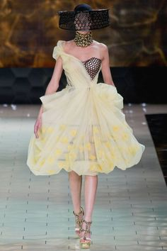 Alexander McQueen Spring 2013 RTW Collection - Fashion on TheCut