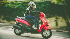 A detailed review of the Suzuki Lets scooter along with its on road price, mileage, images and all colour options.