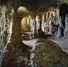 Cave Church in Italy, Calabria, Pizzo, Piedigrotta church (Source: HP These Mysterious Cave Churches And Monasteries Totally Rock http://www.huffingtonpost.com/2014/05/11/cave-churches_n_5283392.html?&ncid=tweetlnkushpmg00000067)