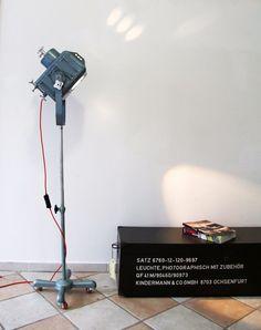 Tripod Steh Lampe Roll Stativ Theater Bühnen Film Scheinwerfer Vintage 21neun  in Antiquitäten & Kunst, Technik & Photographica, Sonstige | eBay!