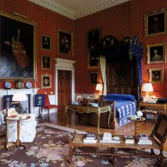 althorp winter | The Oak Bedroom at Althorp today. The bed is an oak half tester dating ...