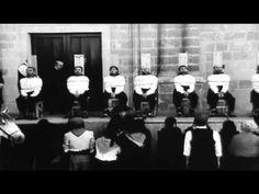 """Garrote vil  """" Ejecucion publica """"    ! Ay   Manuela !   Patxi Andion  (El sádico espectáculo del garrote vil, invento español (1820-1974). Se necesitaba estar muy enfermo para asistir a tan macabro espectáculo.)"""