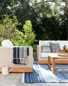 Outdoor Cushions, Outdoor Lounge, Indoor Outdoor Rugs, Outdoor Dining, Outdoor Chairs, Outdoor Furniture Sets, Outdoor Decor, Furniture Ideas, Outdoor Spaces