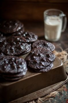 Adventures in Cooking: Flourless Chocolate Cookies & A Sucré Macaron Giveaway!