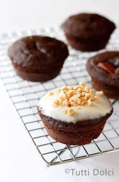 chocolate-toffee surprise cupcakes + oxo giveaway | tutti dolci