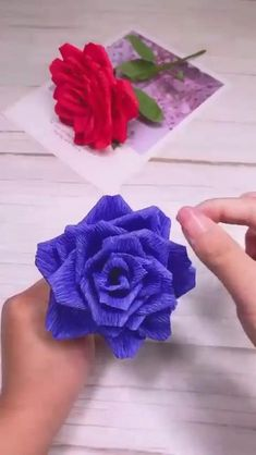 Make Your Own Roses with the Hep of this Tutorial. Paper Flowers Craft, Paper Crafts Origami, Cool Paper Crafts, Flower Crafts, Diy Flowers, Fabric Flowers, Crepe Paper Flowers, Diy Crafts Hacks, Diy Crafts For Gifts