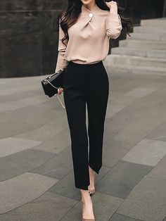 Stunning Business Casual Outfits Perfect For Work In The Office - business professional outfits for interview Business Casual Outfits For Work, Business Professional Outfits, Casual Work Outfits, Mode Outfits, Work Casual, Fashion Outfits, Woman Outfits, Chic Outfits, Fashion Ideas