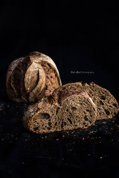 Coffee sourdough bread with black hawaiian salt Bread Bun, Bread Rolls, Hard Bread, Ice Cream Bread, Vegetable Cake, Spoon Bread, Bread Shop, Black Food, Bread And Pastries