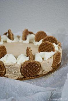 Foto: Deze prachtige stroopwafel cheesecake is enorm simpel om te maken. - Recept in bron.. Geplaatst door Seasonwithlove op Welke.nl