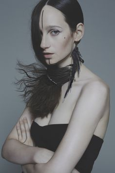 Pulse necklace, Native earring, photography by Nhu Xuan Hua