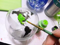 This Friday, April 2016 is Earth Day! If you're looking for a fun project that you or your kiddos can make, these DIY world globe vas. Globe Projects, Projects For Kids, Paper Vase, Tissue Paper, Paper Mosaic, Painted Globe, Pioneer Gifts, Travel Crafts, Earth Day Crafts