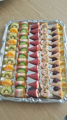 Party Finger Foods Party Snacks Appetizers For Party Appetizer Recipes Party Food Platters Plats Froids Food Garnishes Reception Food Tea Sandwiches Party Finger Foods, Finger Food Appetizers, Snacks Für Party, Appetizers For Party, Appetizer Recipes, Bug Snacks, Appetizer Ideas, Appetizers Table, Snacks Ideas