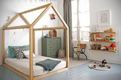 the bed: eclectic kids' rooms