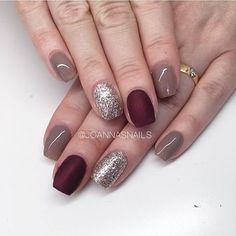 Nice mix of the matte color with regular polishes...it's balanced because it's next to the sparkle nail