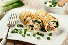 Fresh Rolls, Sushi, Meat, Chicken, Ethnic Recipes, Food, Meal, Eten, Meals