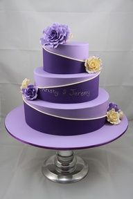 .my favorite purple on purple cake!!:)