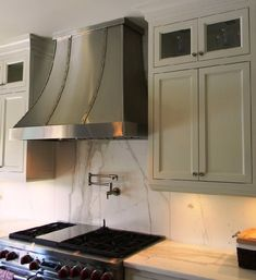 Exceptionnel Traditional Stainless Steel Range Hood   Contemporary   Kitchen Hoods And  Vents   Toronto   Custom Range Hoods