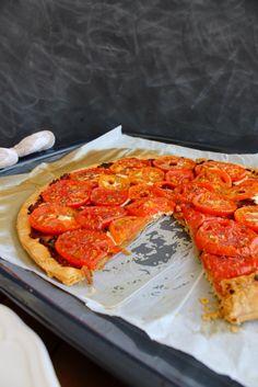 Not 2 late to craft: Coca de tomàquets de l'hort / Heirloom tomato tart
