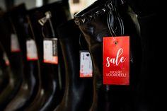 Kom tijdens de Kerstvakantie gezellig shoppen in Hulst, Terneuzen en Goes. De winter UITVERKOOP is in volle gang! Kortingen tot 40% 🤩 . . #desplenterschoenen #hulst #inulst #goes #terneuzen #shoplocal #localshopping #shopsale #sale #uitverkoop News, Accessories, Fashion Styles
