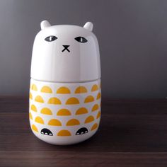 This is one of my favorites on Camila Prada: Half Moon Cat