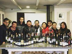 Excelente grupo terminando el #wsetlevel2 por primera vez en #Colchagua #FerranCentelles #wine #winelover #wset #thewineschoolchile