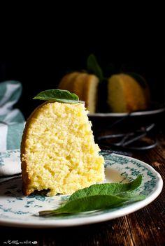Ciambella al limone e salvia _ Bundt cake with lemon and sage