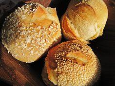 Schnelle (Sonntags-) Brötchen, Bürli, ein tolles Rezept aus der Kategorie Brot und Brötchen. Bewertungen: 171. Durchschnitt: Ø 4,6.