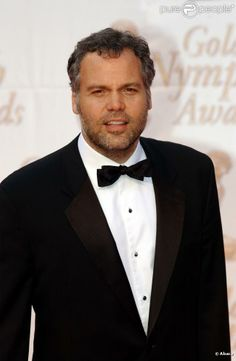 Vincent D'Onofrio. I am completely fascinated by his Goren on Criminal Intent.