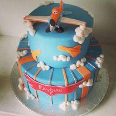 #disney planes cake