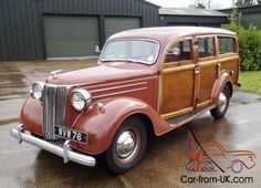 Ford Pilot long wheelbase Woodie, different rear mudguards.