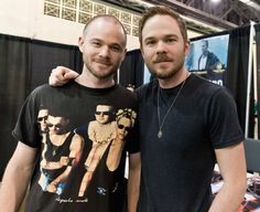 Pictures : Celebrities Who Have Twins - Aaron And Shawn Ashmore Shawn Ashmore, Hottest Male Celebrities, Celebs, Famous Twins, Twin Pictures, Odd Pictures, Celebrity Siblings, Warehouse 13, Comic Con
