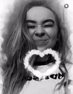 Sabrina Carpenter // Snapchat 2015