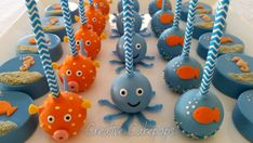 Under the Sea cake pops, Chocolate dipped Oreo's and Fish Cupcake cake - cake by Creative Cakepops Birthday Cake Pops, Themed Birthday Cakes, Themed Cakes, 2nd Birthday, Sea Cupcakes, Cupcake Cakes, Fish Cake Pops, Shark Cake Pops, Cakepops