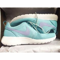 separation shoes f14c5 eab87 These babies belong in my closet Nike Roshe Exécuté, Jordans, Sportif,  Fitspo,
