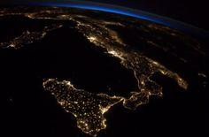 L'Italia di notte (@astro_reid)